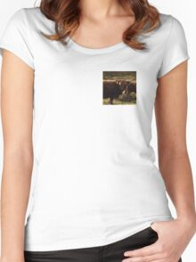 The Wee Coo Women's Fitted Scoop T-Shirt