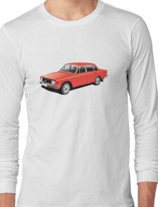 Volvo 144 illustration Long Sleeve T-Shirt