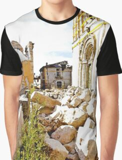 L'Aquila: collapsed church with grating and rubble Graphic T-Shirt