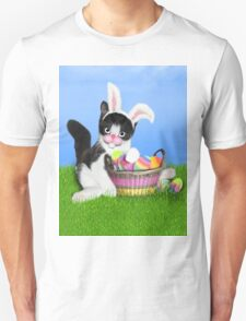 Cute Easter Kitty Unisex T-Shirt