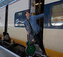 Champion London busker Alex James Ellison by Keith Larby