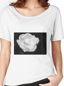 Heart Petal White Rose Women's Relaxed Fit T-Shirt