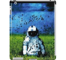 Spaceman Field Of Grass iPad Case/Skin