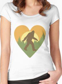 Bigfoot Heart Women's Fitted Scoop T-Shirt