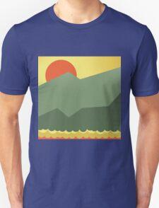 Orange vector sun over horizont T-Shirt