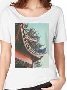 ORIENTAL STANDING Women's Relaxed Fit T-Shirt