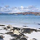 Beach on Isle of Iona by jacqi