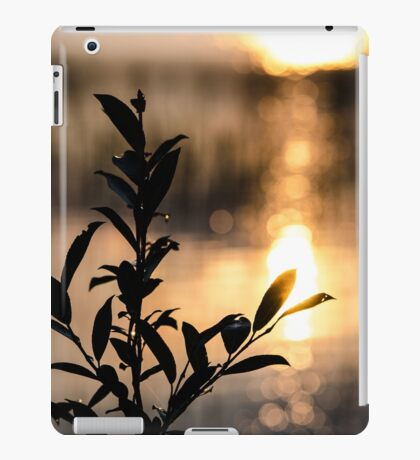 Silhouette Stems iPad Case/Skin
