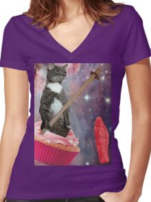 swedish cupcakes cat Women's Fitted V-Neck T-Shirt