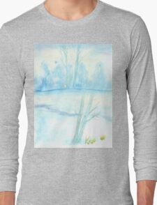 Foggy winter landscape frosty morning Long Sleeve T-Shirt