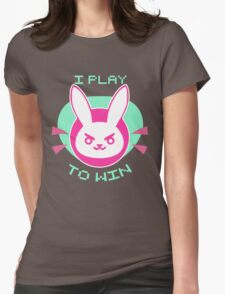 She plays to win Womens T-Shirt