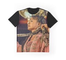 Vietnamese Music & Dance Performance 9 Graphic T-Shirt