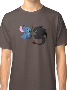 Stitch and Toothless Love Classic T-Shirt