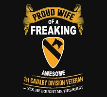 Military - 1st Cavalry Division Veteran Wife Unisex T-Shirt