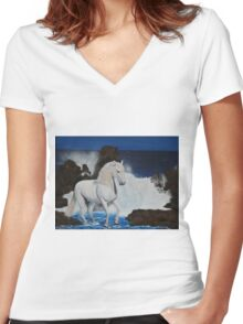 standing against wave Women's Fitted V-Neck T-Shirt