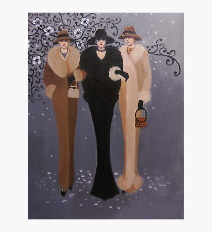 VINTAGE LADIES OUT ON THE TOWN Photographic Print