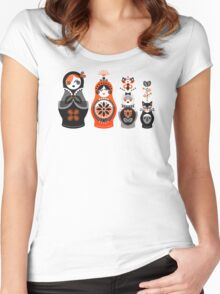 Russian Nesting Dolls – Red & Black Women's Fitted Scoop T-Shirt