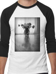 Tulips & Daffodils in Black & White Men's Baseball ¾ T-Shirt