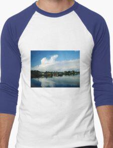 Small Ireland Town Men's Baseball ¾ T-Shirt