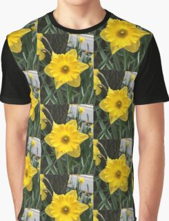 Daffodil Photo Graphic T-Shirt