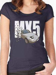 Mazda MX5 Classic Sports Car Women's Fitted Scoop T-Shirt