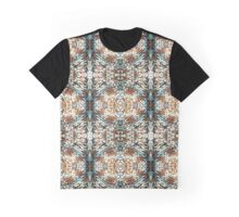 Warm Woollen Circles Graphic T-Shirt