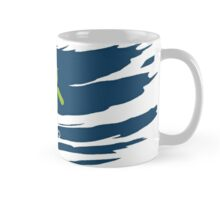 ANDROID EATS APPLE ! Mug