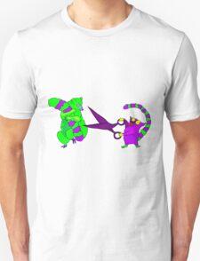 Crazy lemur with scissors Unisex T-Shirt