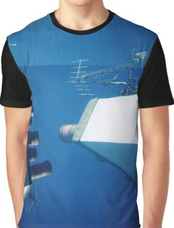 Across the rooftops Graphic T-Shirt