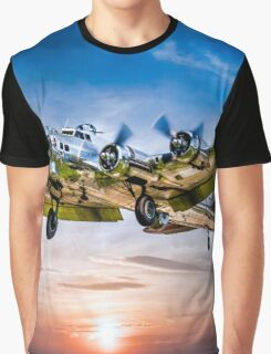 "Boeing B-17G Flying Fortress ""Yankee Lady"" Graphic T-Shirt"