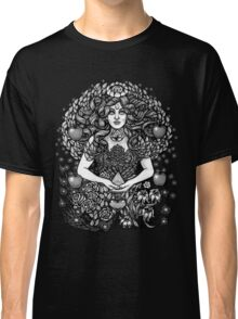 Divine Mother Gea Tree / BW Classic T-Shirt