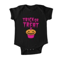 TRICK OR TREAT hallwoeen cupcake cute! One Piece - Short Sleeve