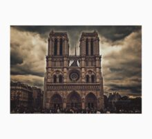 Notre-Dame de Paris Cathedral - Cathedral One Piece - Short Sleeve