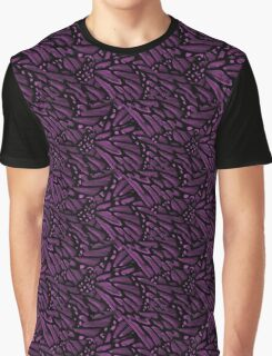 Butterfly wings in purple Graphic T-Shirt