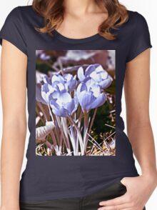 Crocus Infrared Women's Fitted Scoop T-Shirt