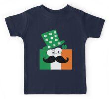 Irish mustache man st.Patty's day Kids Tee