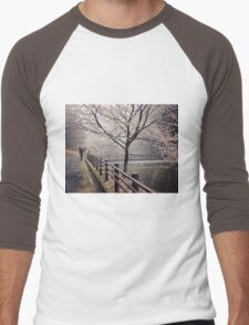 Strolling in the Rain Men's Baseball ¾ T-Shirt