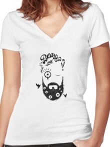 Make Beards not War! (typo edition) Women's Fitted V-Neck T-Shirt