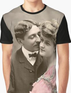 Vintage Lovers Graphic T-Shirt