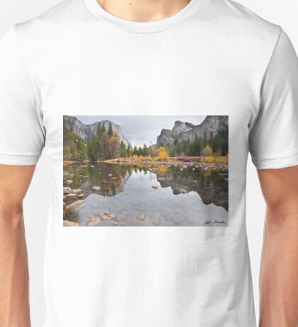 El Capitan Reflected in the Merced River Unisex T-Shirt