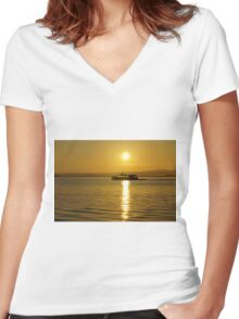 Cruise at sunrise on ther Moray Firth Women's Fitted V-Neck T-Shirt