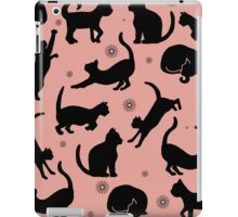 Retro Cats: Pink iPad Case/Skin