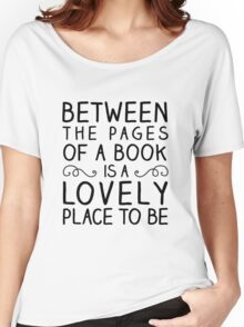 Between the Pages Women's Relaxed Fit T-Shirt