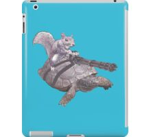 WACKY BACKYARD BATTLE ANIMAL SQUIRREL TURTLE GAMER GEEK WARFARE iPad Case/Skin