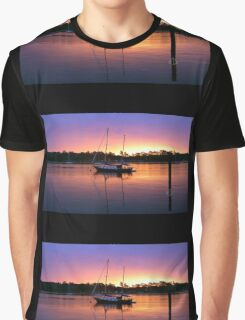 The boat Graphic T-Shirt