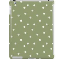Elderflowers on green, sparse iPad Case/Skin