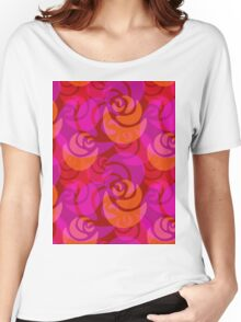 Roses pattern Women's Relaxed Fit T-Shirt