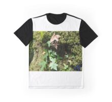 EJK - Leaves Graphic T-Shirt