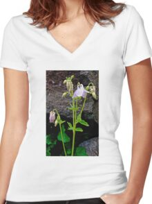 Delicacy Women's Fitted V-Neck T-Shirt