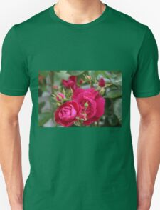 Dew Kissed Red Roses Unisex T-Shirt